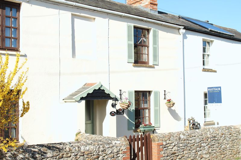 Cleal Cottages Broadway