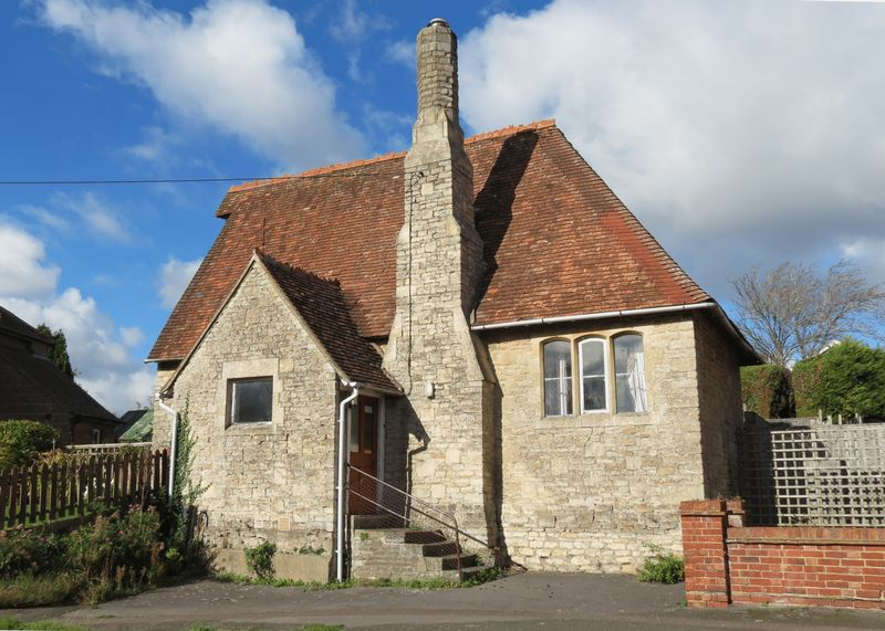Charlton Village Road Charlton