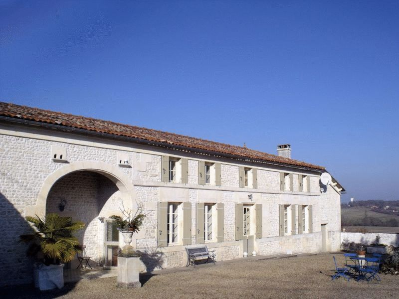 Near Jonzac, Charente-Maritimes