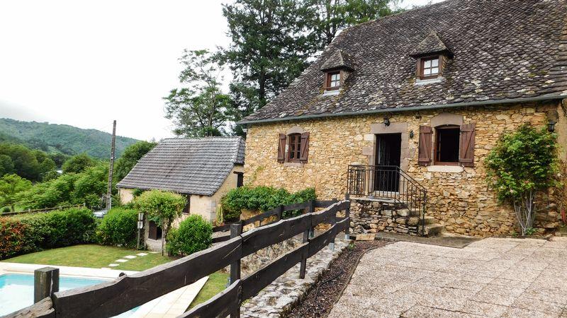 Near Saint-Chamant, Corrèze