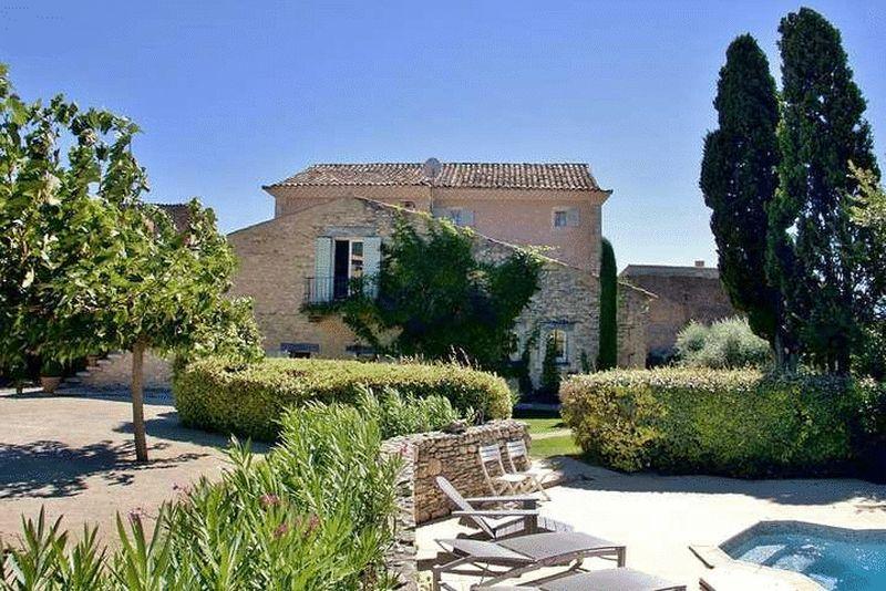 Near Roussillon, Vaucluse