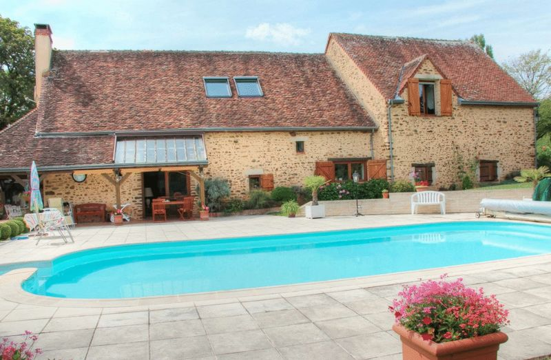 Saint-Sauveur-en-Puisaye, Yonne