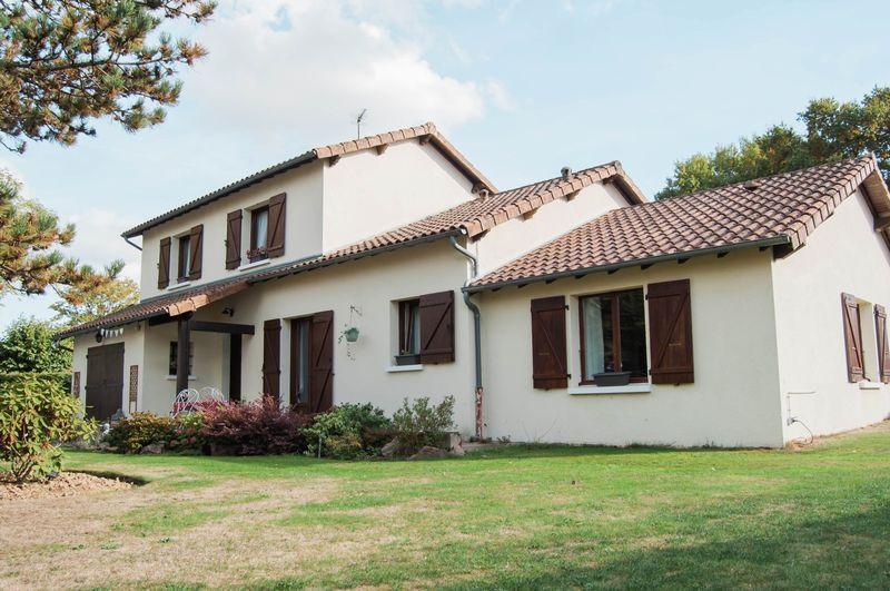 Mézières-sur-Issoire, Haute-Vienne