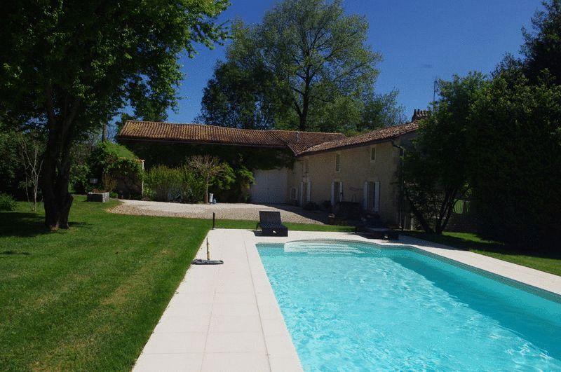 Near Blanzac Porcheresse, Charente