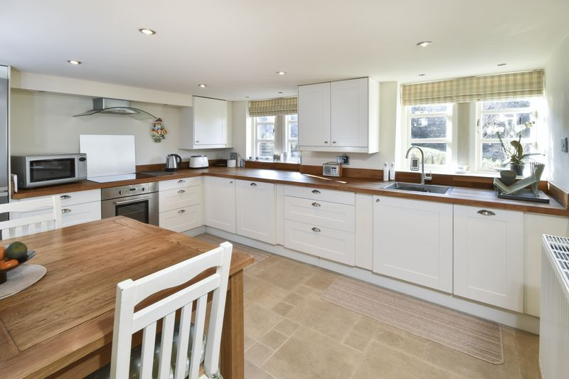 Bespoke Kitchen with Appliances