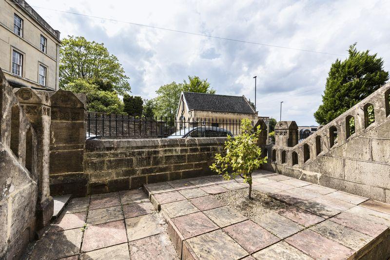4 Devonshire Villas