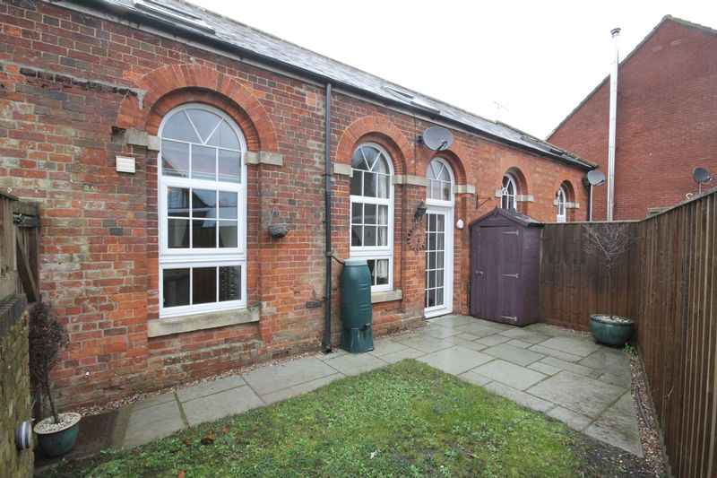 Old School Close Bromham