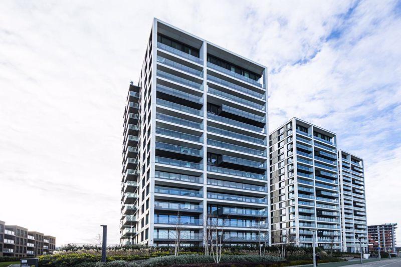Hampton Apartments, Duke Of Wellington Avenue