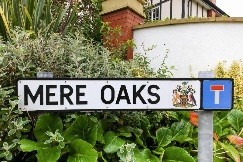 Mere Oaks Standish