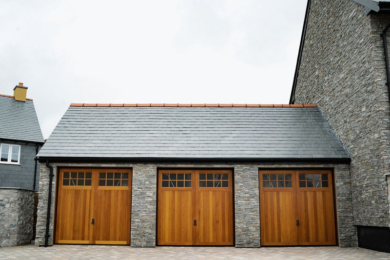 Garages of Plots 2, 4 and 6