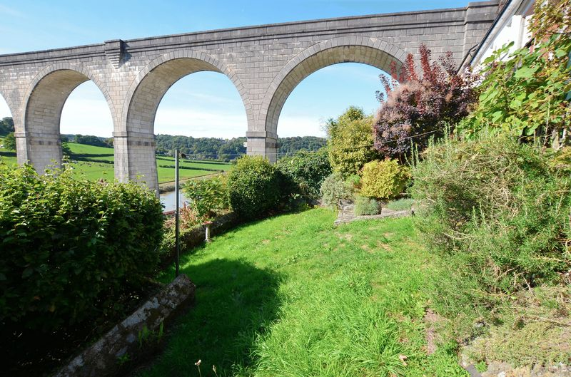 Garden with Glorious Viaduct & Countryside Views