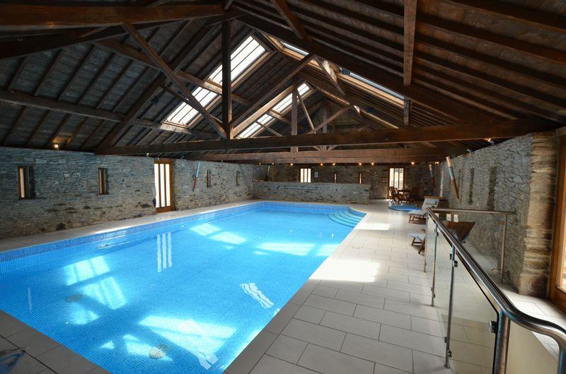 Swimming Pool Photo 2