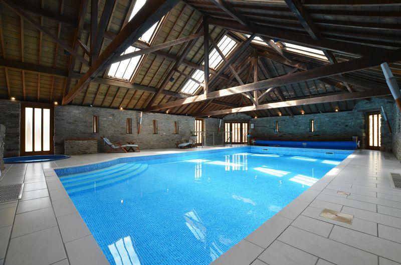 Swimming Pool Photo 3