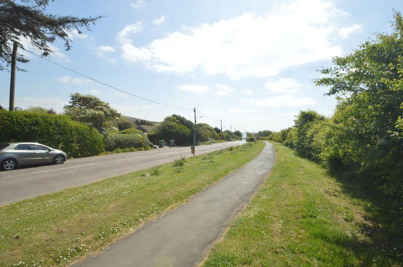 Gate Lane