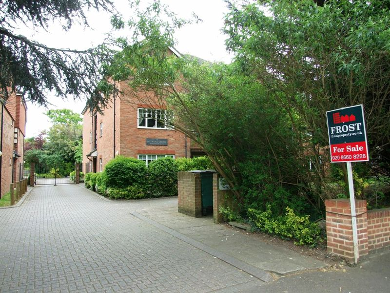 220 Pampisford Road