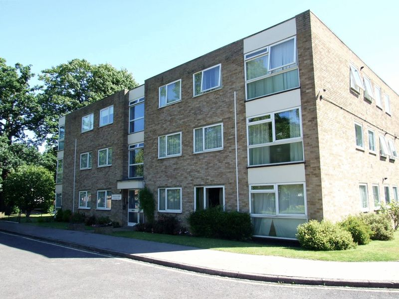 Landau Court, Warham Road