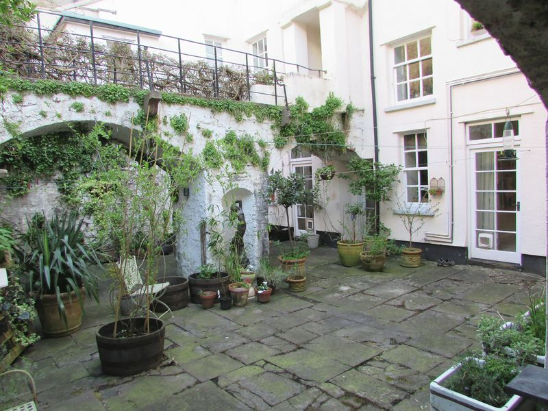 5 Albermarle Row Clifton