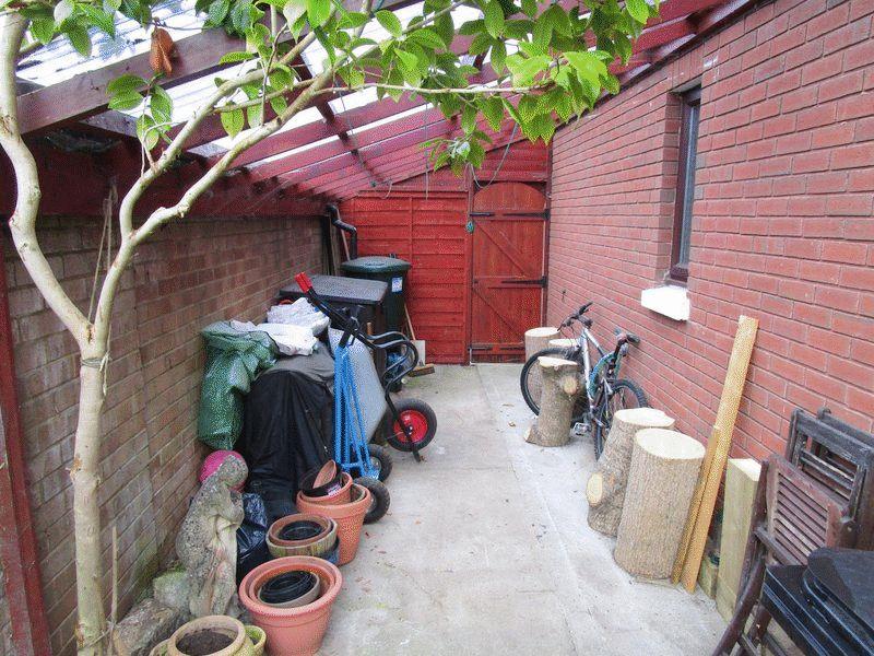 Boveridge Gardens Muscliff