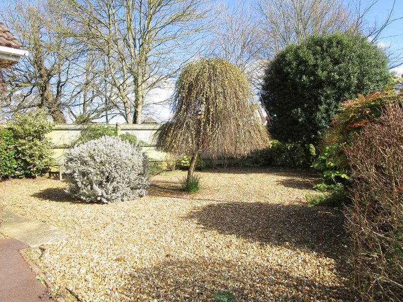 Sevenoaks Drive Castledean Park
