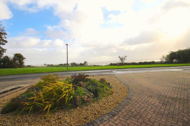 Whitcliffe Drive
