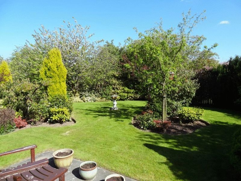 Brunton Gardens