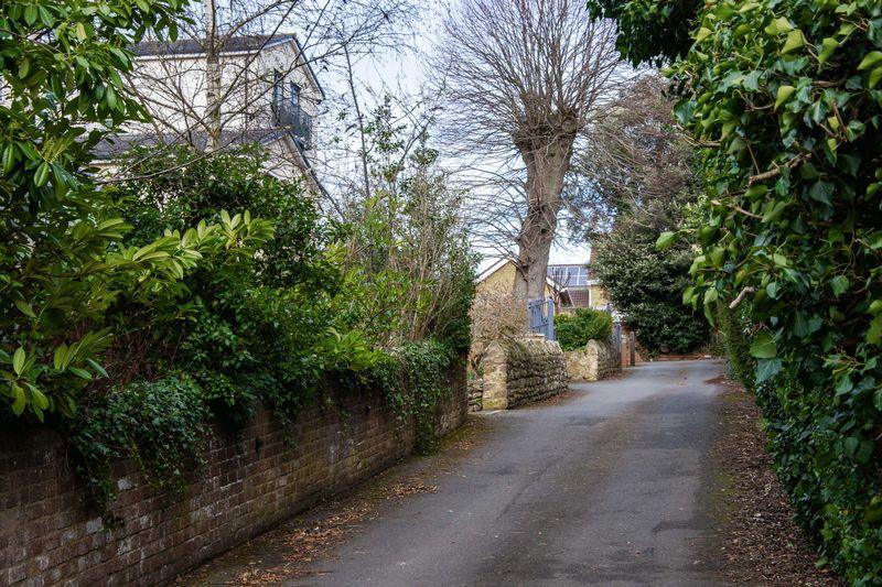 Southbank Road,