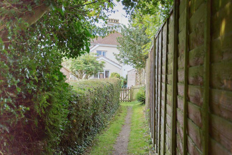 Evendine Corner Colwall