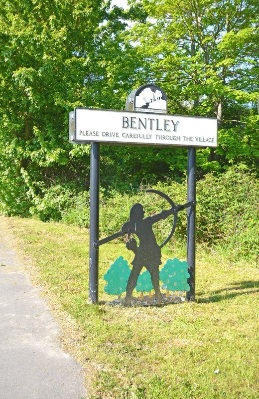 School Lane Bentley