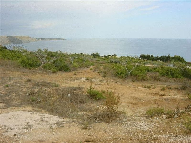 Multiple plots for sale in prestige resort, Praia da Luz