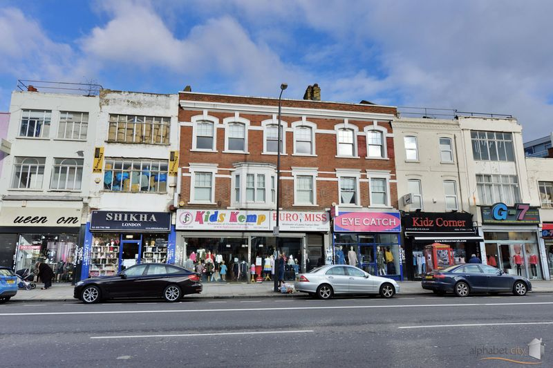 179 Commercial Road