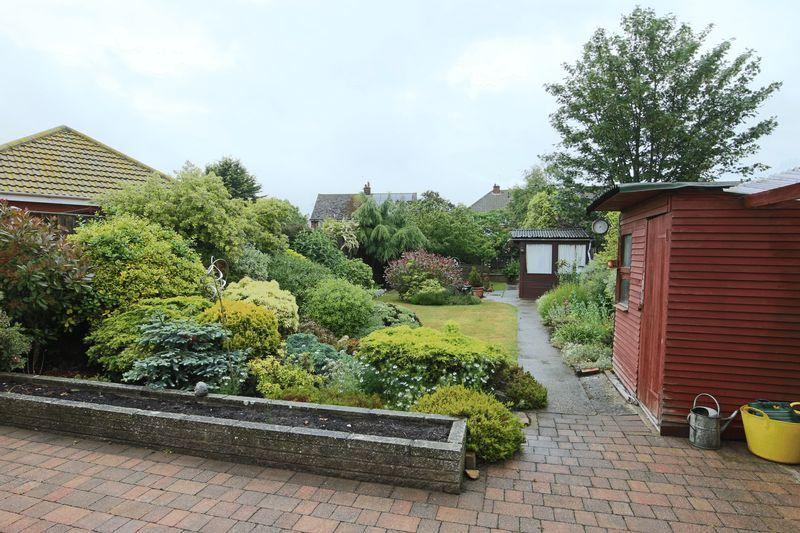 Summerfield Gardens