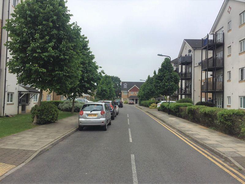Enstone Road