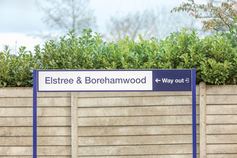 Elstree Way