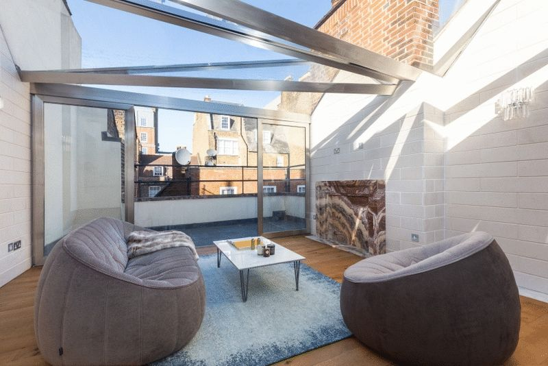 Top floor conservatory with terrace