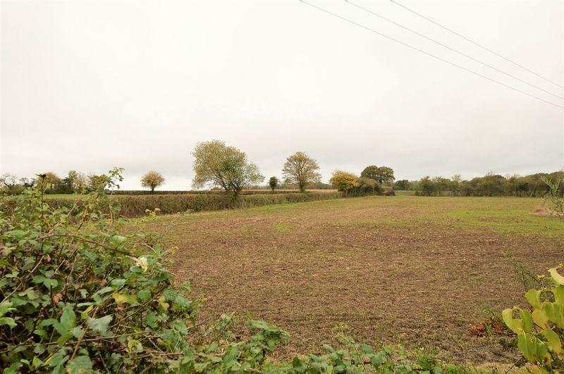 Meadow Close Kington