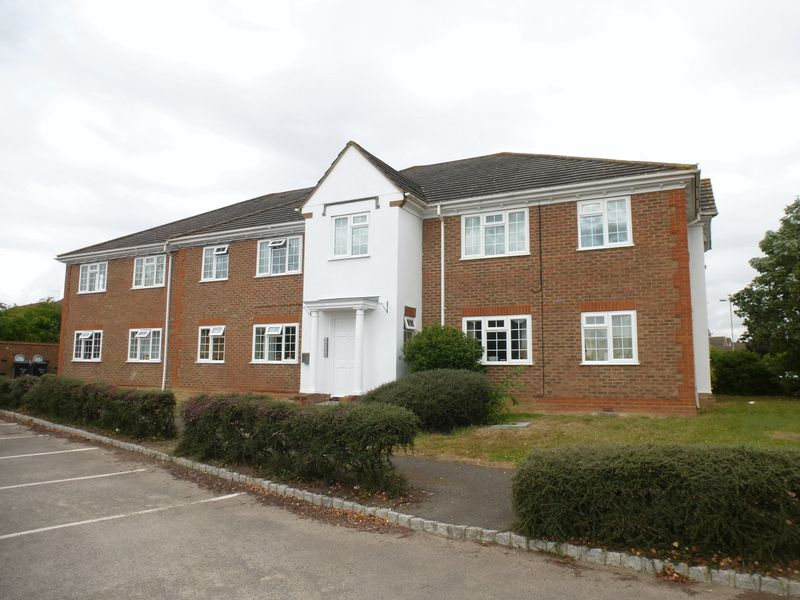1 Bedroom Property for sale in Kingfisher Way, Bicester