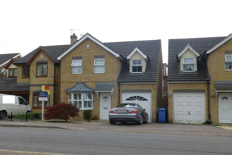 Merton Road, Ambrosden