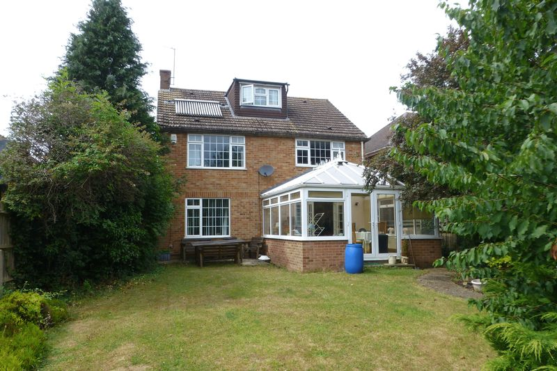 4 Bedrooms Property for sale in Buckingham Road, Bicester