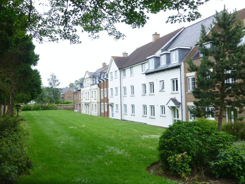 1 Bedroom Property for sale in Wessex Way, Bicester