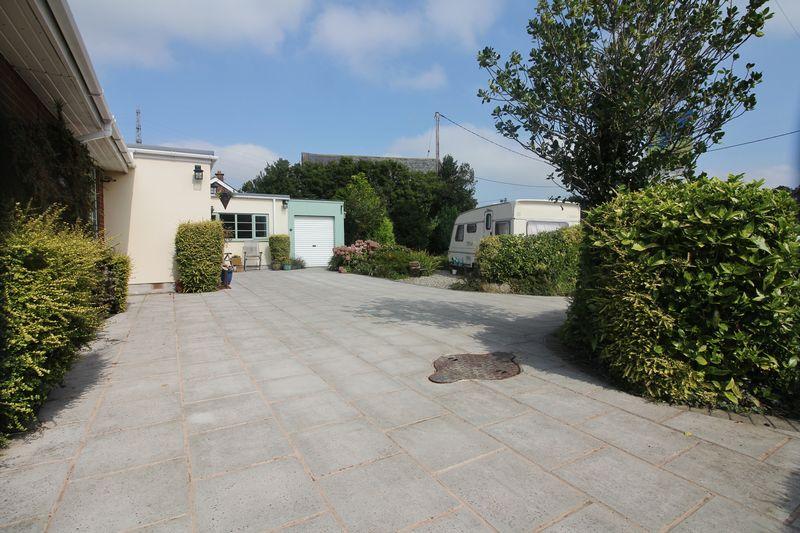 Mature Front Gardens, Driveway & 'Hobby Van'