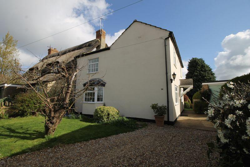 Castle Road Lavendon