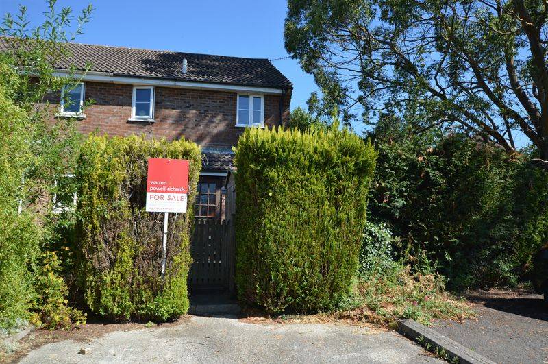 1 Bedroom Property for sale in Ascot Close, Alton