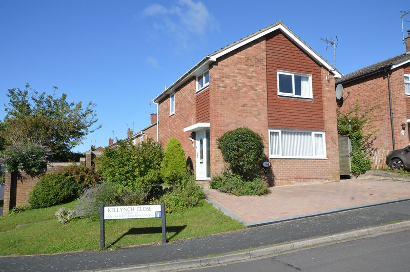 3 Bedrooms Property for sale in Kellynch Close, Alton