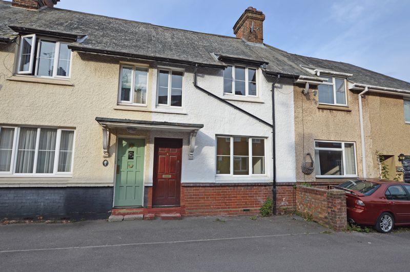 3 Bedrooms Property for sale in Kingsmead Cottages Kingsmead, Alton