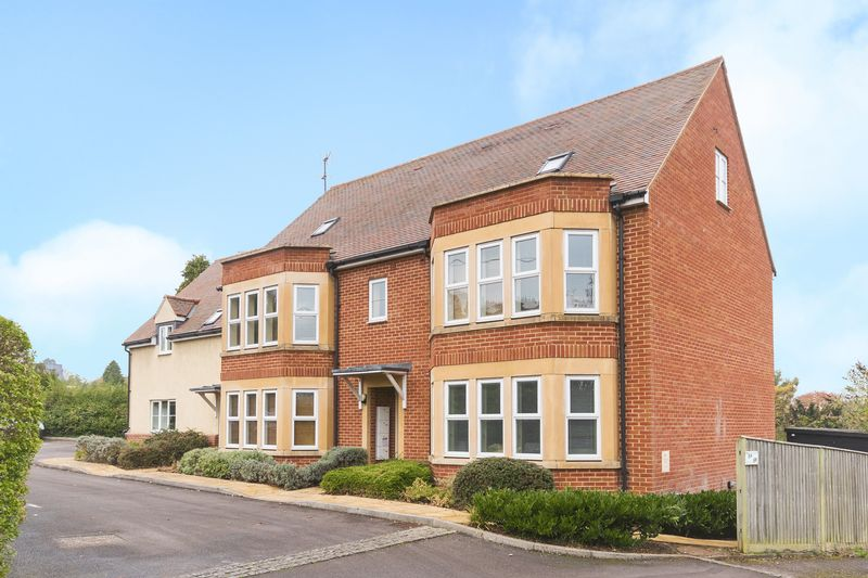 1 Bedroom Property for sale in Cumnor Hill, Oxford