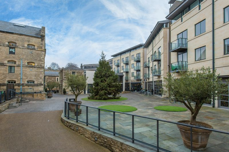 1 Bedroom Property for sale in New Road, Oxford