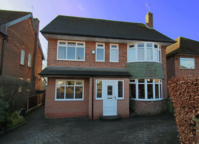 4 Bedrooms Property for sale in Stonemead Romiley, Stockport
