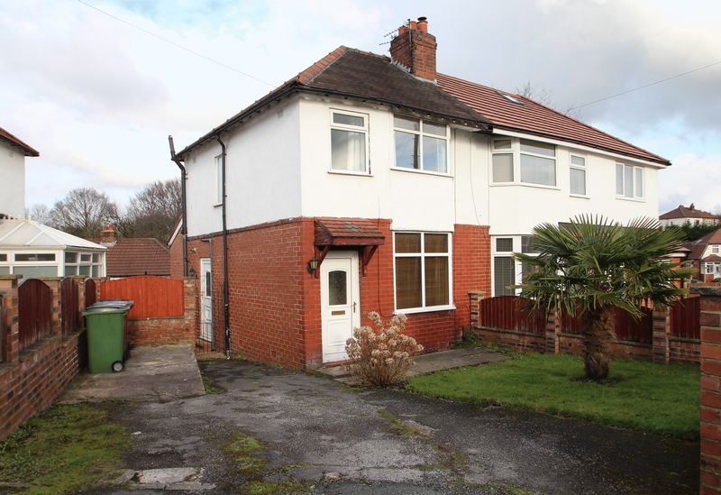 3 Bedrooms Property for sale in The Avenue Bredbury, Stockport