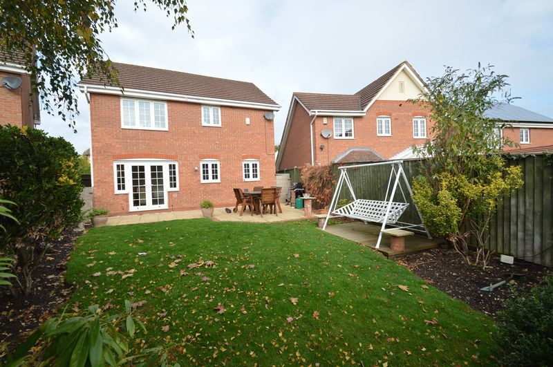 Hoveton Close Greenlands