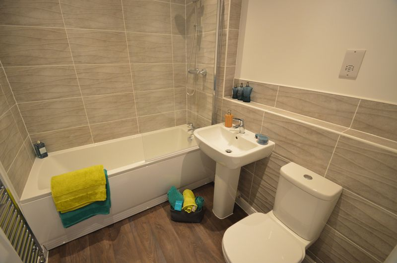 Colworth Showhome Bathroom